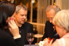 od lewej, w środku - Cezary Woźniak i Marek Kozłowski